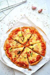 cauliflower_crust_pizza_slices_16863229570